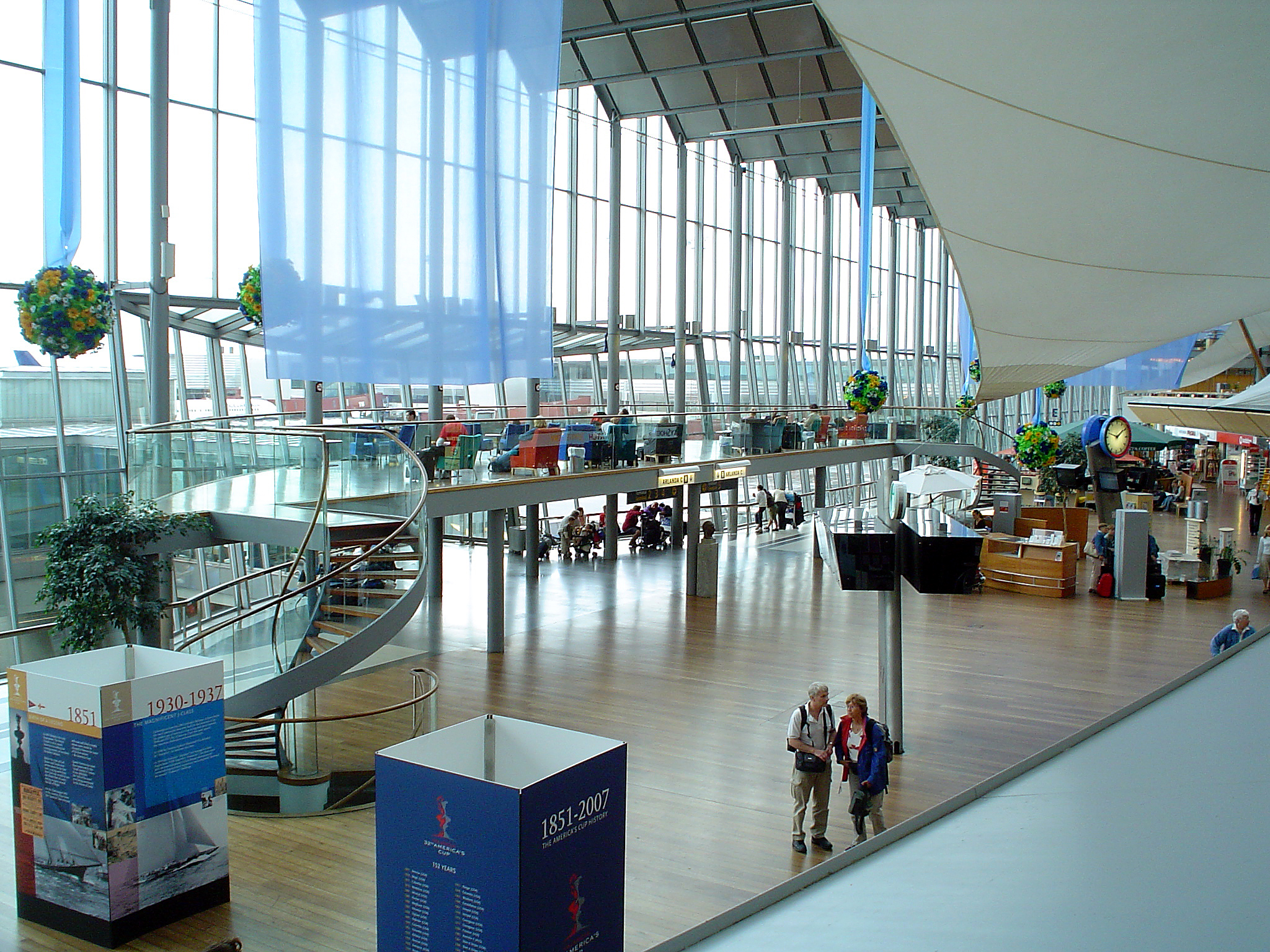 how to get from stockholm airport to city